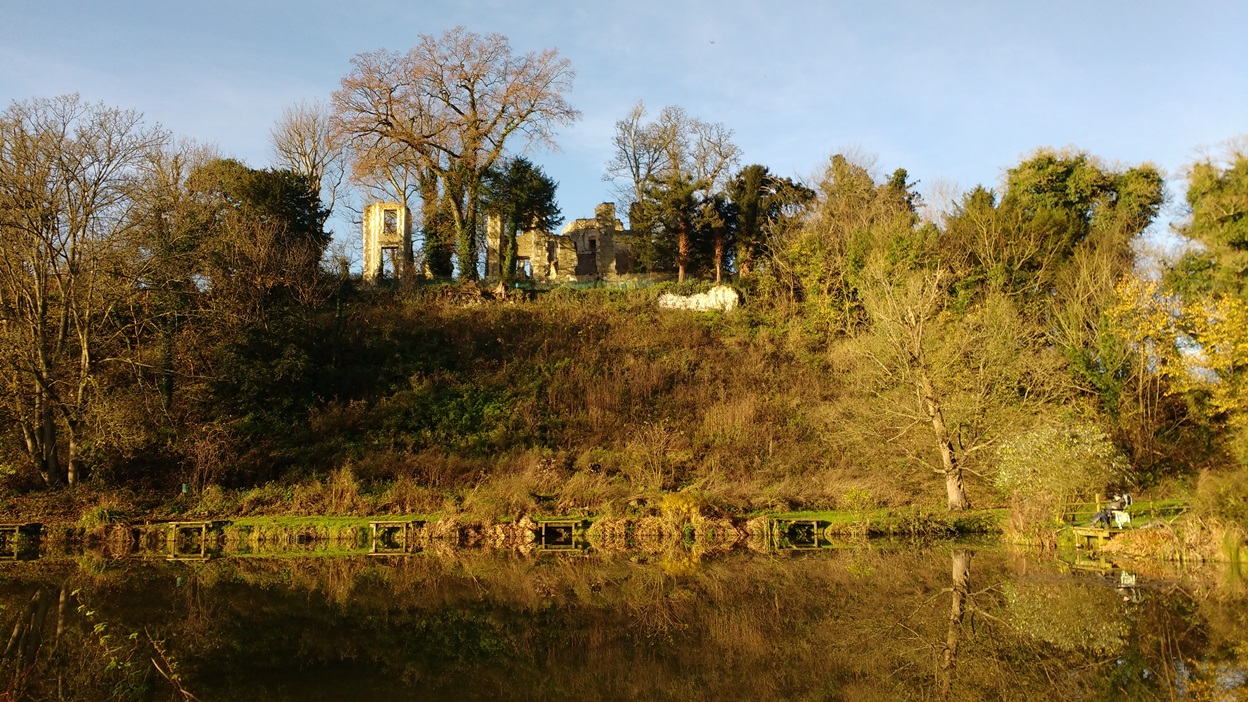 Betchworth Castle 9.12.15
