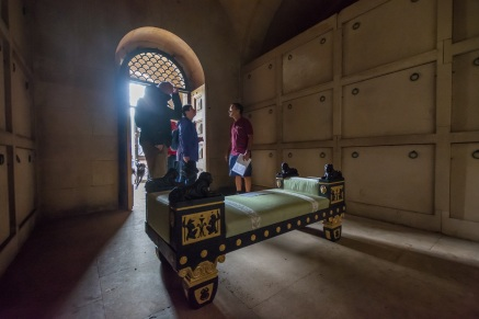 inside-mausoleum